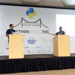 Elyézer e Bruno na palestra sobre trabalho remoto